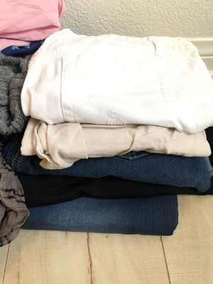 Bundle of clothes -teen-woman for Sale in Pico Rivera, CA