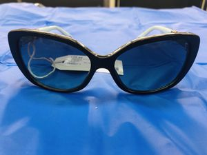Tiffany and Co Sunglasses TF 4106 for Sale in Phoenix, AZ