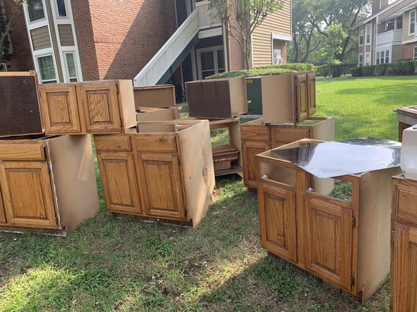 Used cabinets for sale. Complete kitchen and vanity's