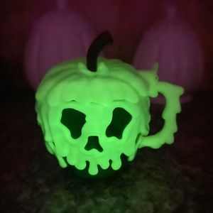Snow White - Poison Apple (Green) Cup/Mug *Disney Parks/Disneyland •For Drinking, Eating, and Halloween Decor• for Sale in Los Angeles, CA