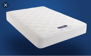Sealy Posture Premier Islandia Plush Mattress and Boxspring Set - Queen for Sale in Brooklyn, NY