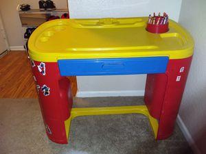 Kids desk crayon holder for Sale in Lancaster, CA