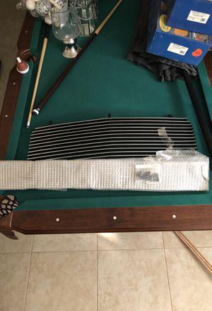 Bumper grill and the grill for a silverado for Sale in Miami Gardens, FL