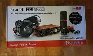 Focusrite estarle 2i2 for Sale in Philadelphia, PA