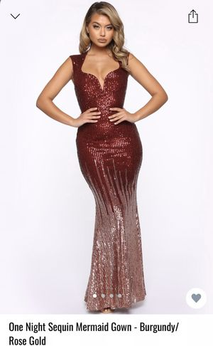 Gorgeous Sequined Gown for Sale in Bolingbrook, IL