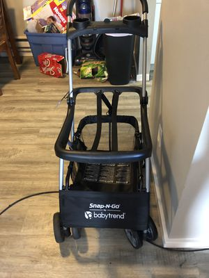 Baby trend Snap N Go stroller for Sale in Des Moines, WA