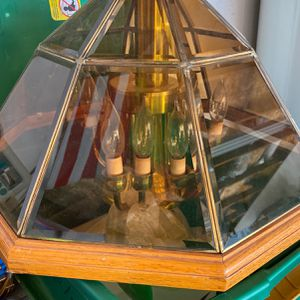 8 Candle Light Chandelier for Sale in Apple Valley, CA