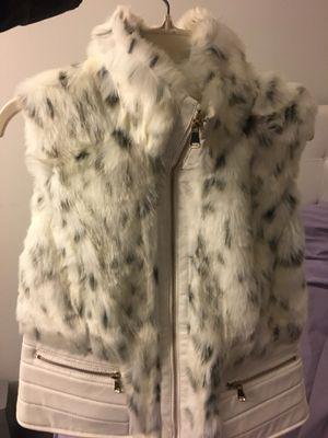 Faux Fur vest size large white for Sale in Detroit, MI