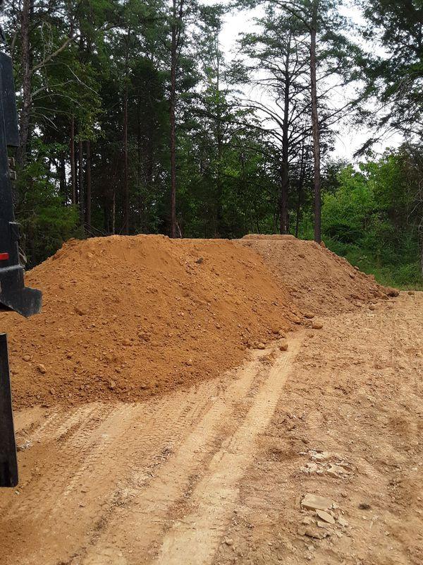free field dirt in woodbridge