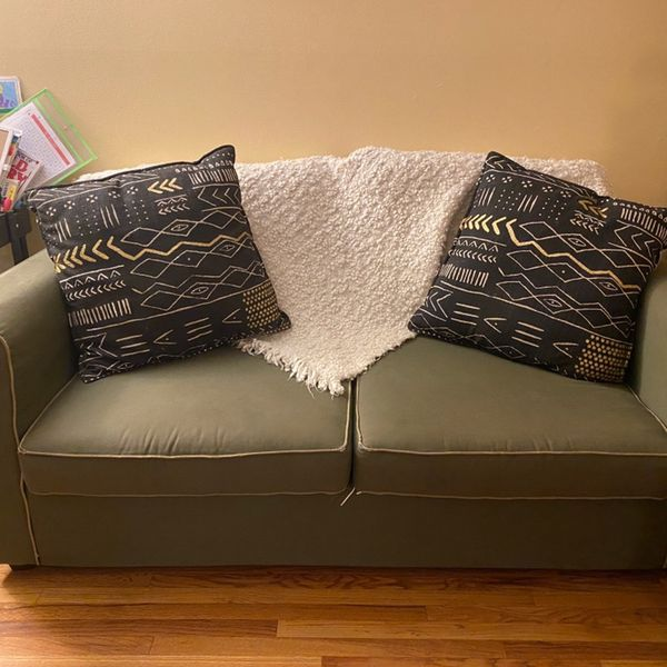 Pull-out Couch Sleeper Sofa