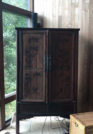 Antique Chinese armoire cabinet for Sale in Gig Harbor, WA