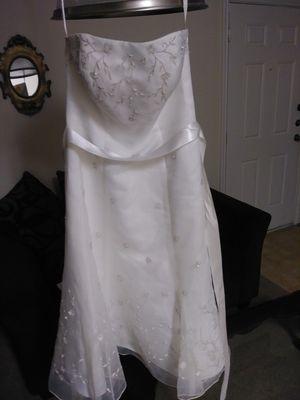 David's bridal wedding dress for Sale in Pflugerville, TX