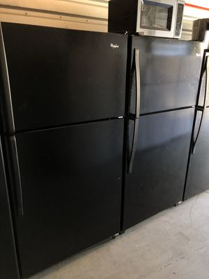 🌮 2015 WHIRLPOOL REFRIGERATOR FRIDGE BLACK (FREE DELIVERY/30 DAY WARRANTY) for Sale in Los Angeles, CA