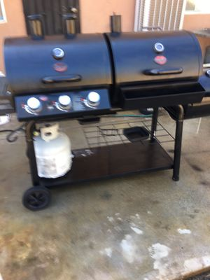 Char-griller grill and smoker triple play 3 for sale excellent condition asking 170.00 or best offer for Sale in Menifee, CA