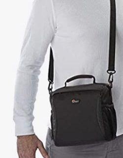 LOWEPRO CAMERA BAG for Sale in View Park-Windsor Hills,  CA