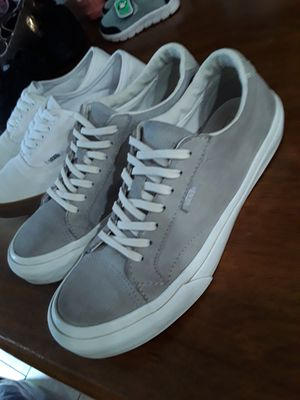 2 Tenis vans size 8.5 mujer / size 7 hombre for Sale in Colton, CA