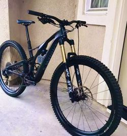 19 Mountain Bike For Sale for Sale in Garden Grove,  CA