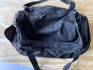 Reebok duffle bag for Sale in Wesley Chapel, FL