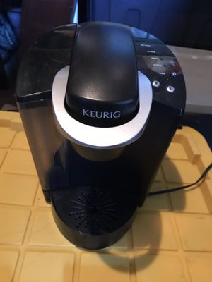 KEURIG MACHINE (WORKS PERFECTLY!!) for Sale in Turlock, CA