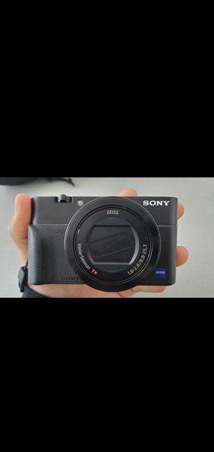 Sony RX100 V for Sale in Santa Fe Springs, CA