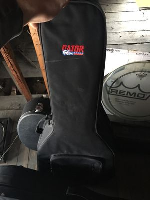 Gator acoustic guitar case for Sale in Detroit, MI