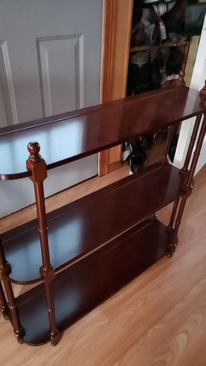 Small wooden shelf for Sale in Des Plaines, IL
