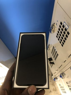 IPHONE 11 PRO MAX for Sale in Washington, DC