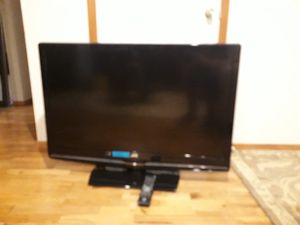 """VERY NICE BIG TV 42"""" JVC brand WITH REMOTE CONTROL FOR SALE for Sale in Bellevue, WA"""