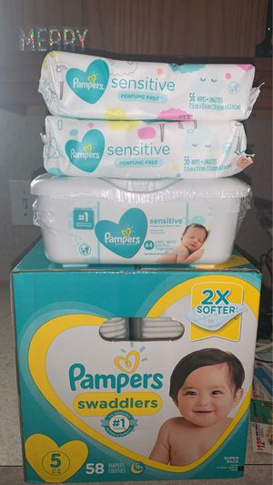 Pampers swaddlers size 5 w/3 wipes for $25 (pick up only)(price is firm) for Sale in Houston, TX