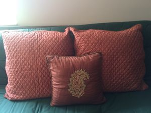 3 Piece Accent Pillow Set for Sale in Southwest Ranches, FL