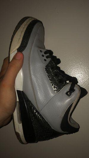 Jordan 3 wolf grey size 10.5 for Sale in Richmond, VA
