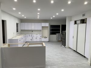 8' X 8' Kitchen Cabinets - Custom Design - Many Colors Available for Sale in Miami, FL