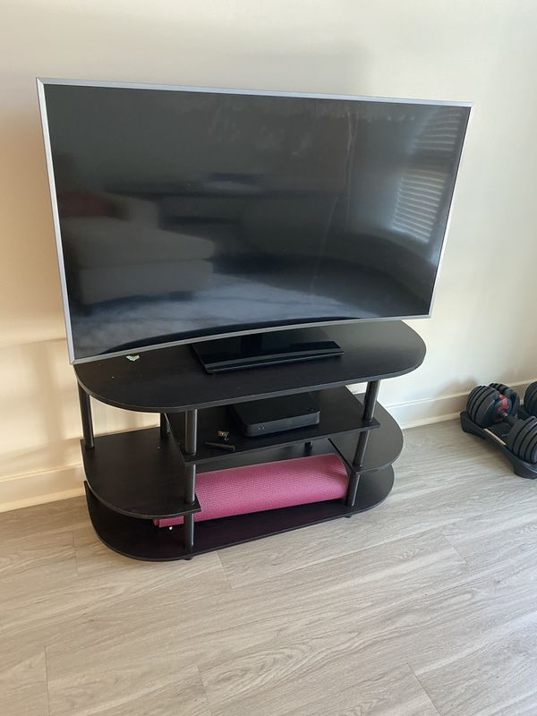 """49"""" Samsung TV - screen cracked - for parts only"""