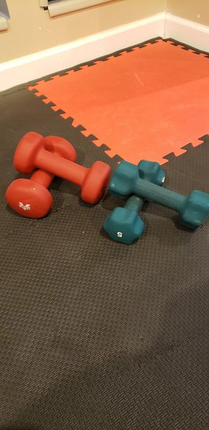 Pairs of 8 lbs and 5 lbs neoprene dumbbells for Sale in Skokie, IL