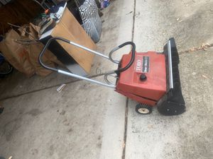 Snow blower free (needs work or for parts ) for Sale in Dearborn Heights, MI