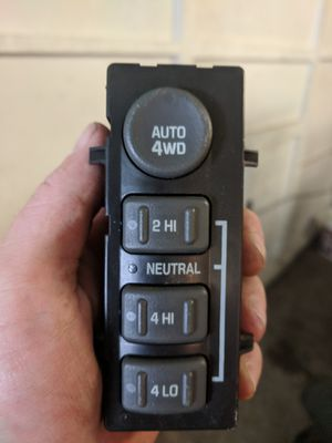 2001 Chevy Silverado 4x4 selector switch for Sale in Black Diamond, WA