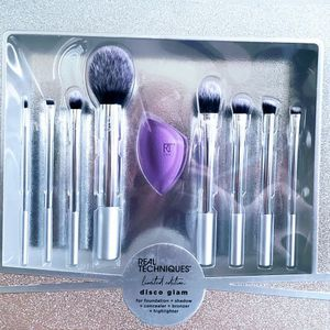 Real Techniques Limited Brush Set - $18 FIRM for Sale in Irvine, CA