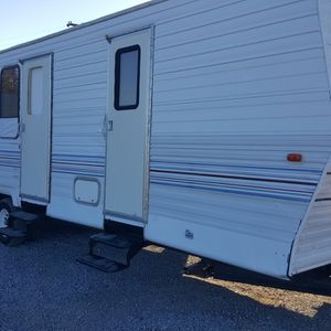 28ft Thor Travel Trailer for Sale in Goodyear, AZ