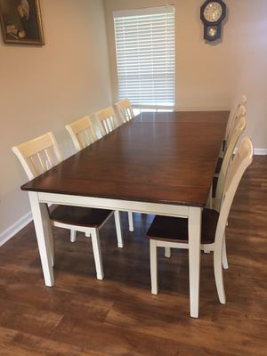 Table and 8 chairs. for Sale in Tallassee, AL
