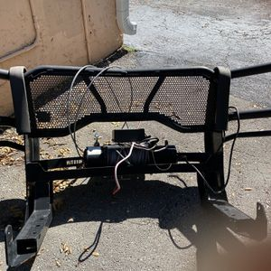 Grill Bar For ford Pickup Including Heavy Duty Winch for Sale in Fort Lauderdale, FL