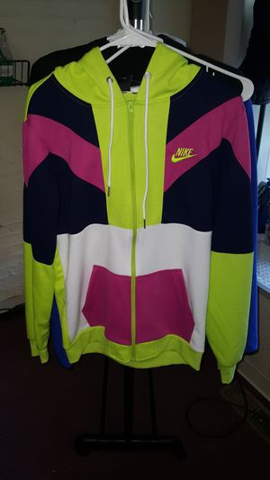 Nike sweat for men size medium only for Sale in Watertown, CT