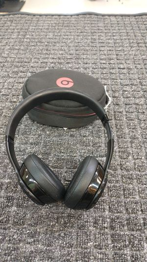 Beats Wireless headphones with case for Sale in Spring, TX