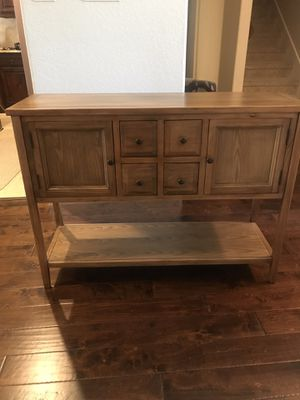 Console table excellent condition for Sale in Red Oak, TX