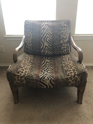 TWO BIG COMFY CHAIRS FOR SALE! for Sale in Humble, TX