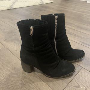 Jeffrey Campbell black suede bootie heel Women's 8. for Sale in St. Louis, MO