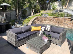 6 Piece outdoor Furniture/ patio sectional set, gray wicker rattan for Sale in San Juan Capistrano, CA
