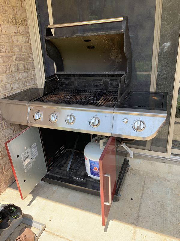 Reliable gas Grill. Works well at a great price.