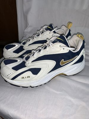 New Women's NIKE Air Running Shoes SIZE 10 M for Sale in Kernersville, NC
