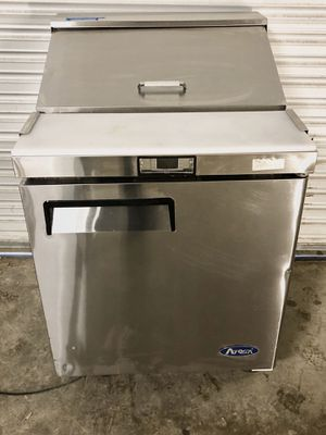 "27"" salad prep cooler for Sale in Renton, WA"