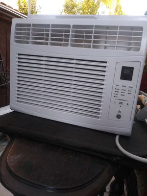 Window AC unit 6000 BTU 1 and 1\2 years old. for Sale in Antioch, CA